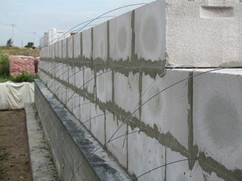 укладка блоков на цемент