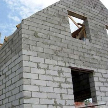 Строительство дома из пенобетонных блоков